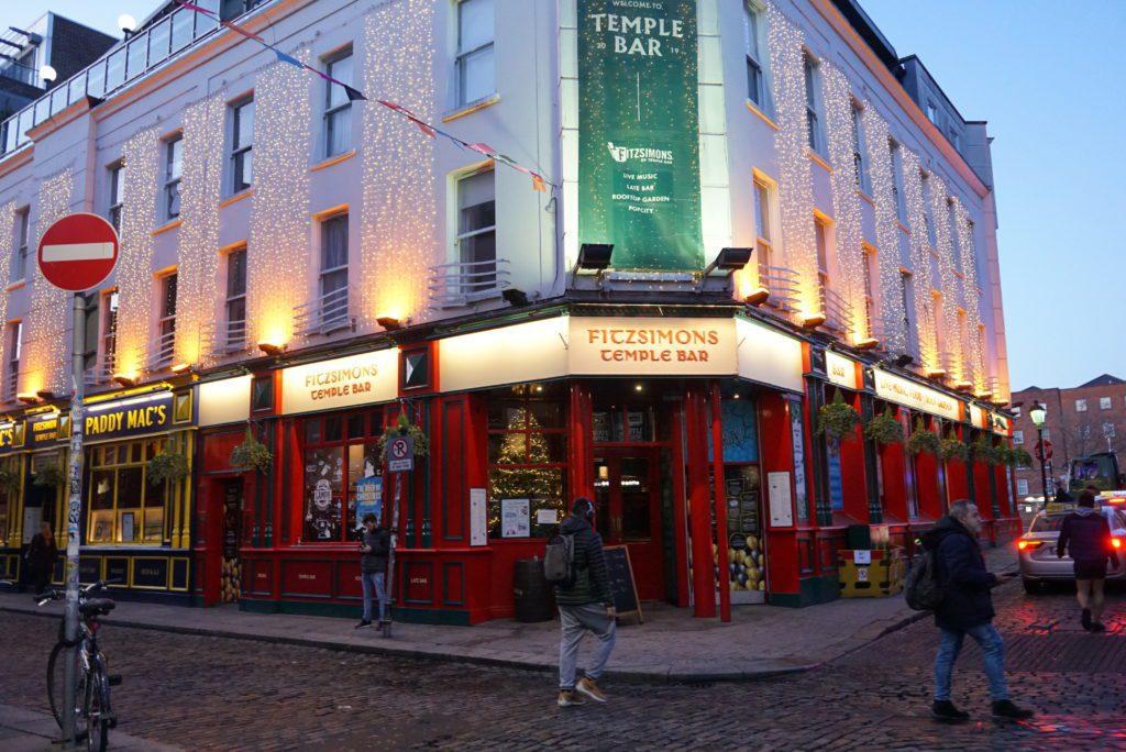 Temple Bar irlandia Traveling Aja Dulu