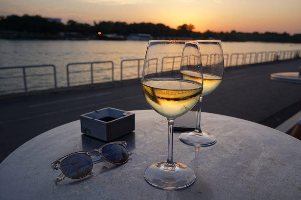 Wine sunset di Belgrade, Serbia 2017