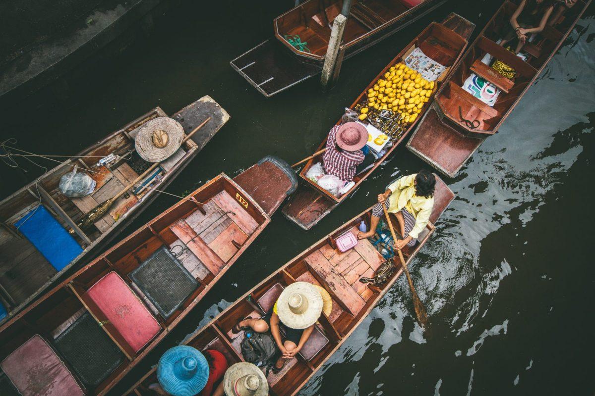 4 Tempat Wisata Belanja di Bangkok Paling Populer