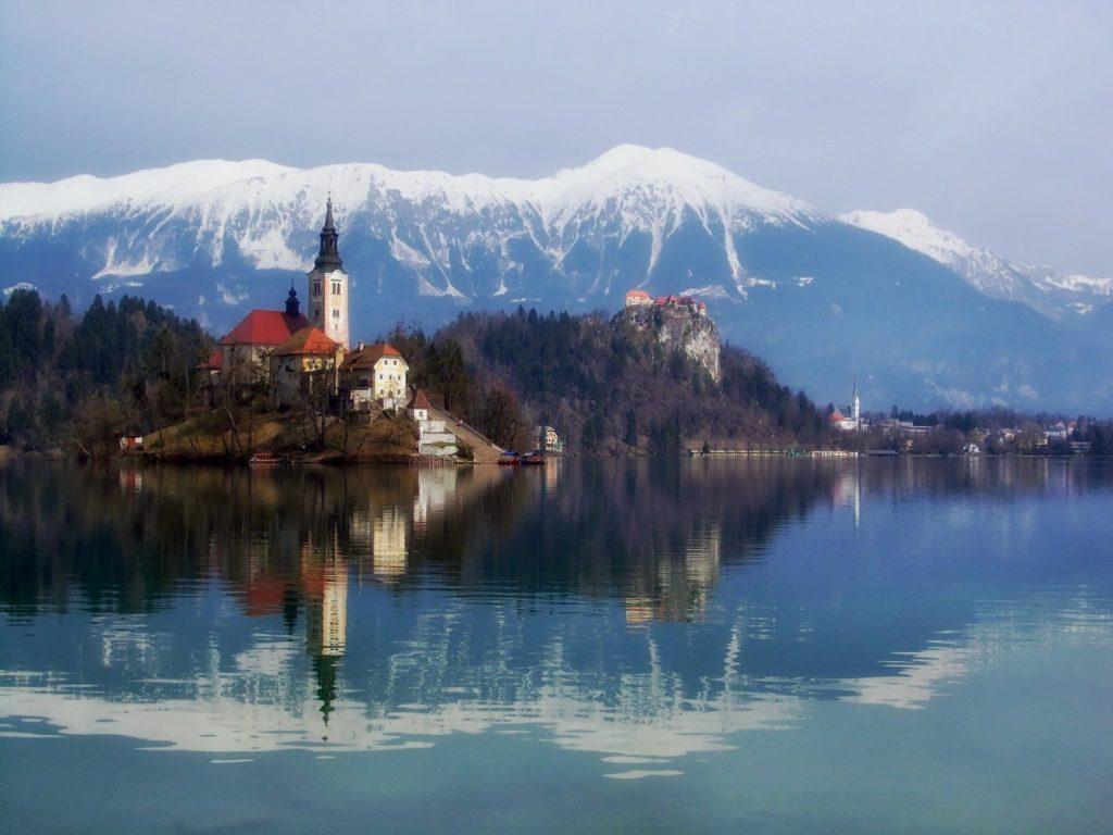 Pemandangan alam yang indah di Lake Bled Slovenia
