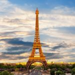 Spot Foto dan Restoran Keren di Menara Eiffel