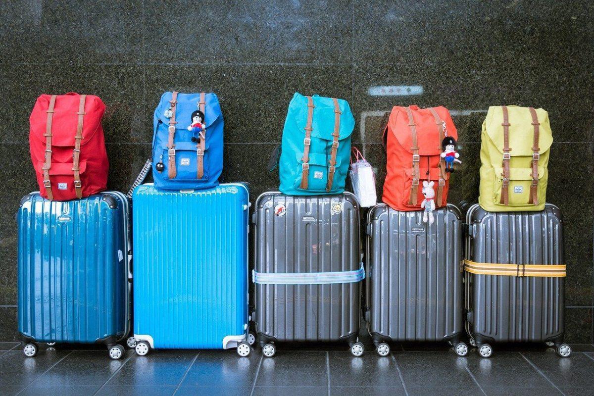 Ukuran Koper Kabin Yang Tepat di Pesawat - Traveling Aja Dulu!